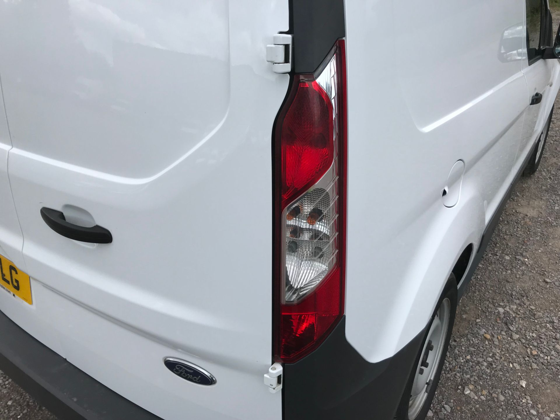 2017 Ford Transit Connect 1.5 Tdci 75Ps Van (FE17VLG) Image 17