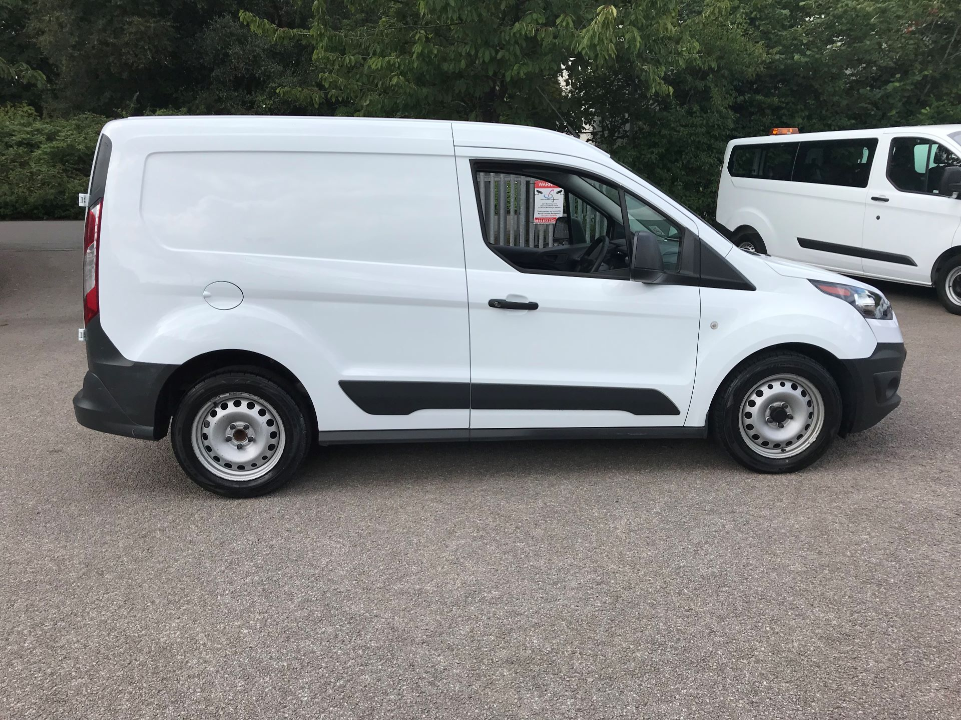 2017 Ford Transit Connect 1.5 Tdci 75Ps Van (FE17VLY) Image 7