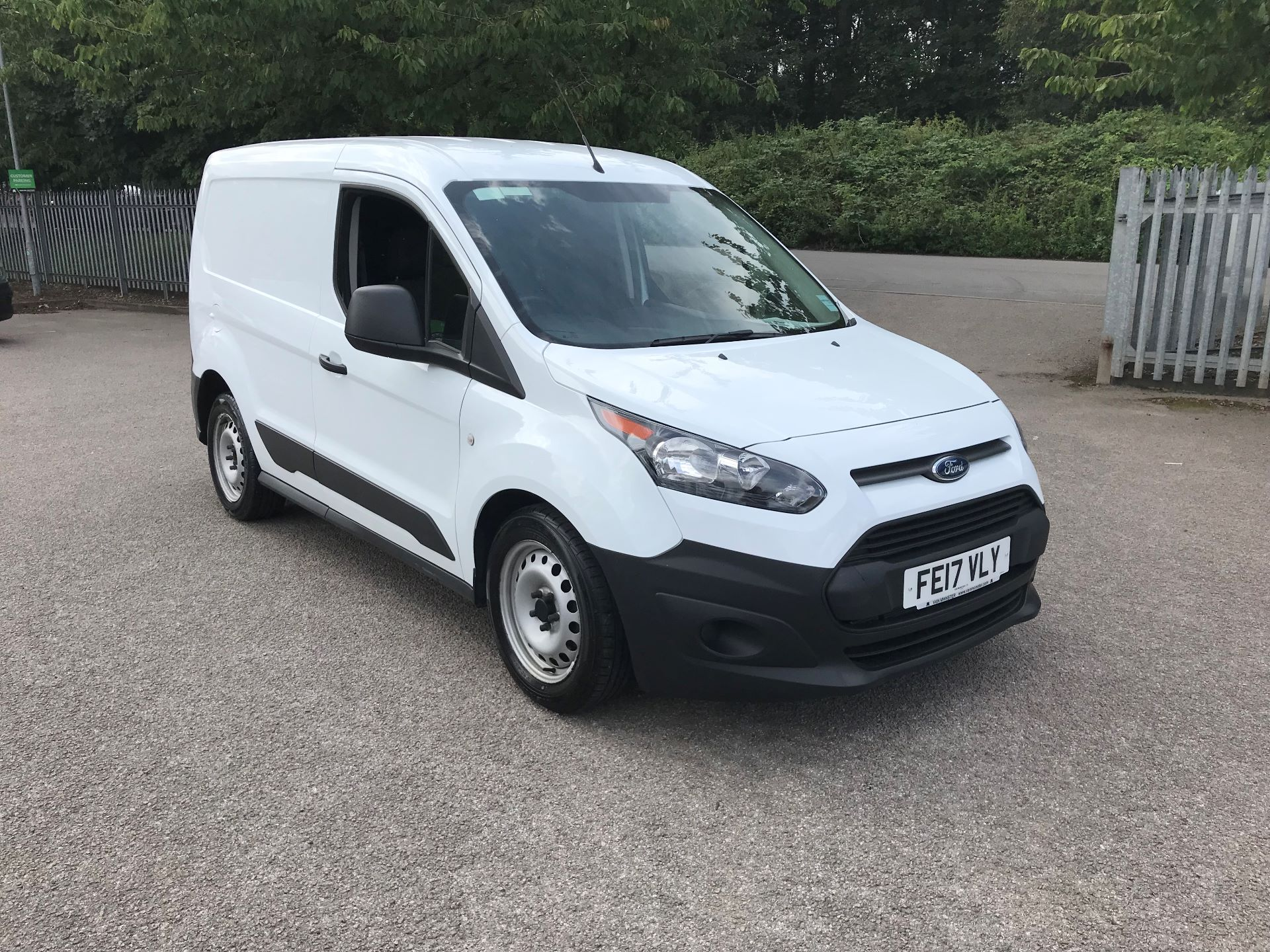 2017 Ford Transit Connect 1.5 Tdci 75Ps Van (FE17VLY) Image 1
