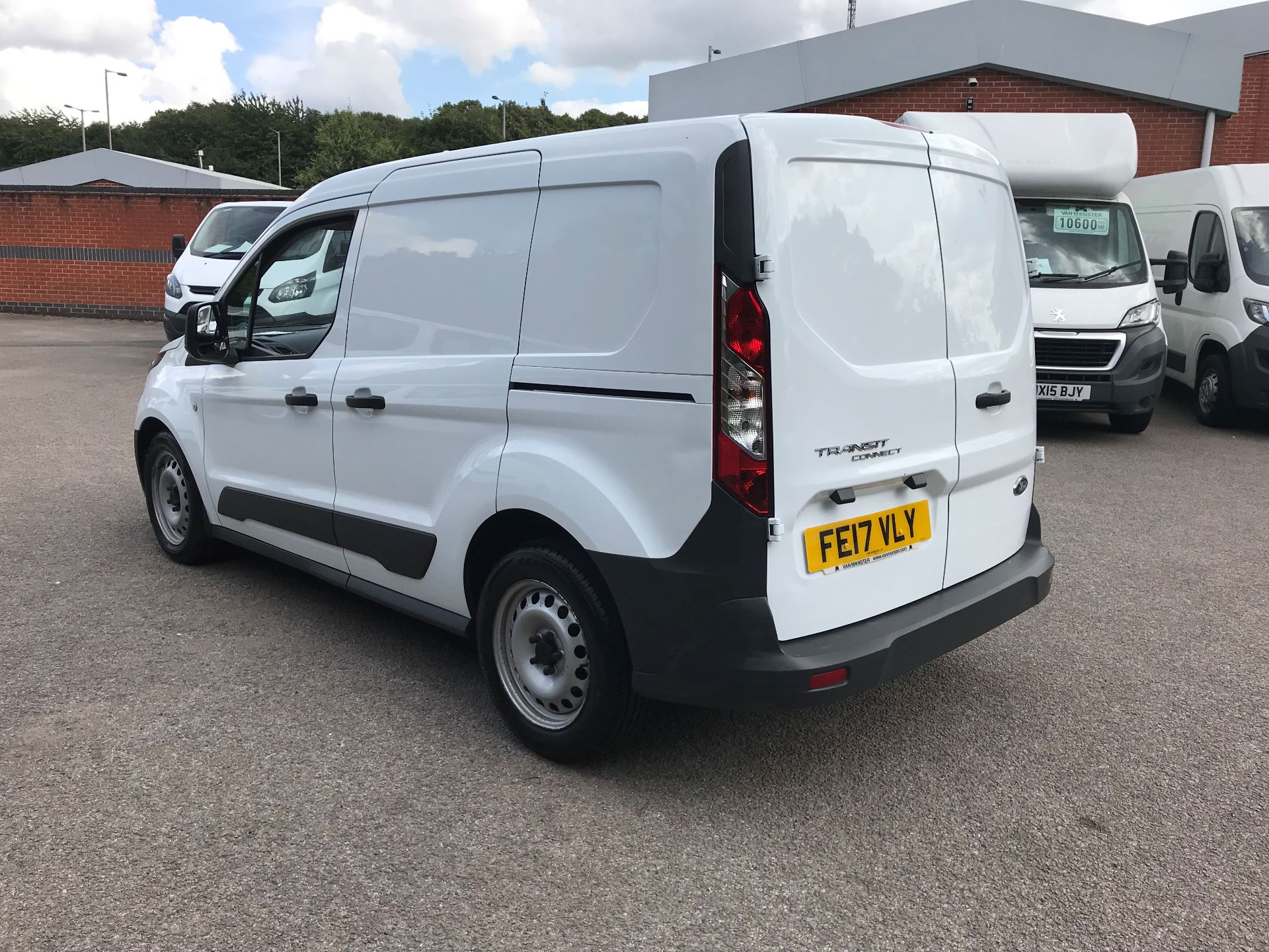 2017 Ford Transit Connect 1.5 Tdci 75Ps Van (FE17VLY) Image 12