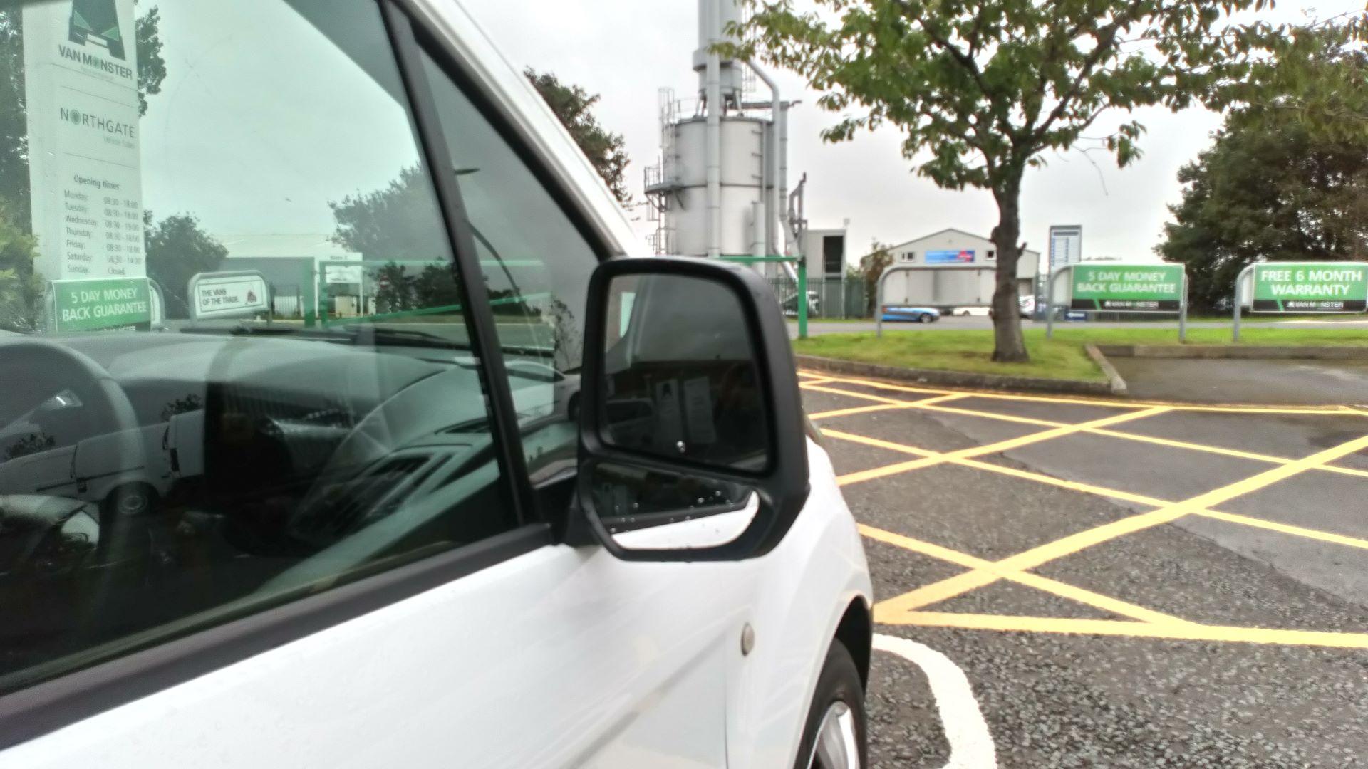 2017 Ford Transit Connect 1.5 Tdci 75Ps Van (FE17VOJ) Image 11