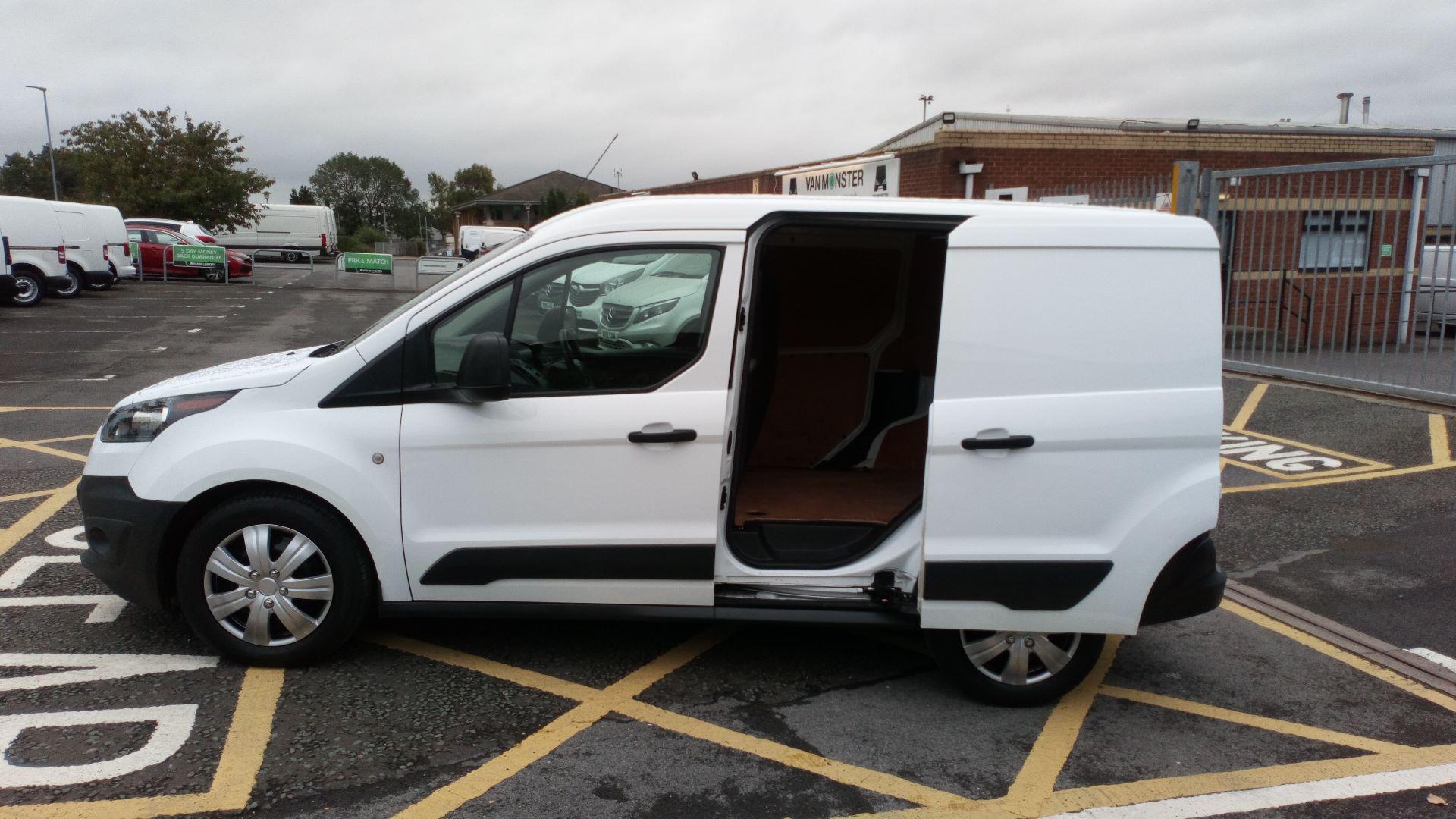 2017 Ford Transit Connect 1.5 Tdci 75Ps Van (FE17VOJ) Image 9