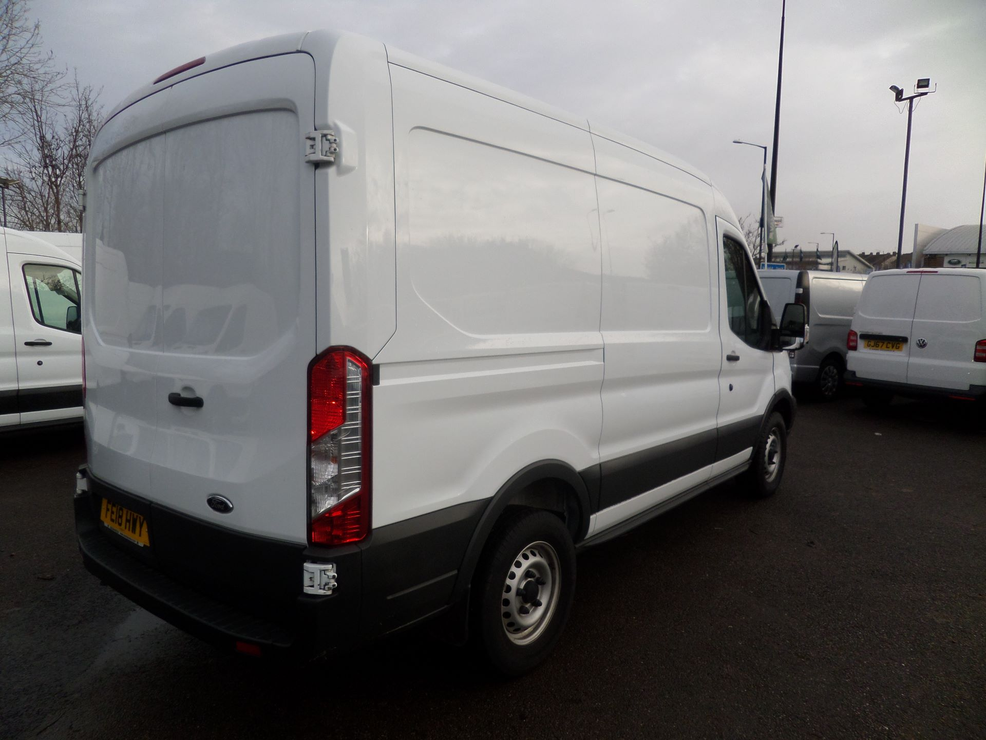 2018 Ford Transit 2.0 Tdci 130Ps MWB/ H2 Van Euro 6 (FE18HWY) Image 2
