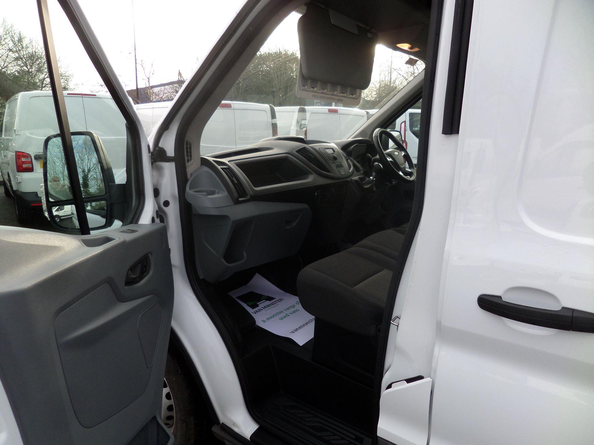 2018 Ford Transit 2.0 Tdci 130Ps MWB/ H2 Van Euro 6 (FE18HWY) Image 8