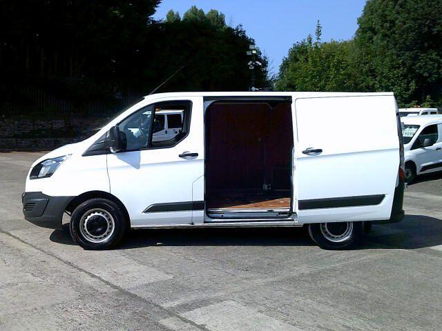 2018 Ford Transit Custom 2.0 Tdci 105Ps Low Roof Van (FE18HYZ) Image 12