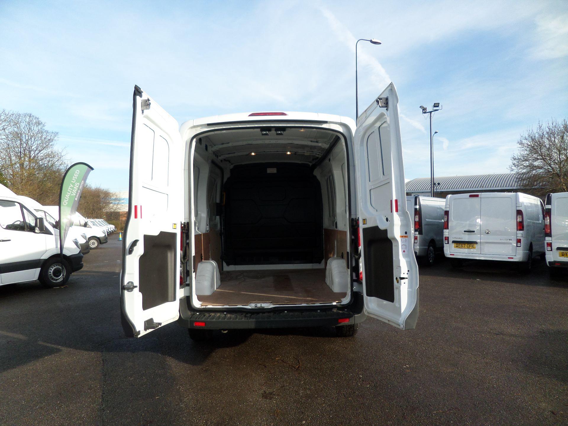 2018 Ford Transit 2.0 Tdci 130Ps H2/L2 Van Euro 6 (FE18JGO) Image 4