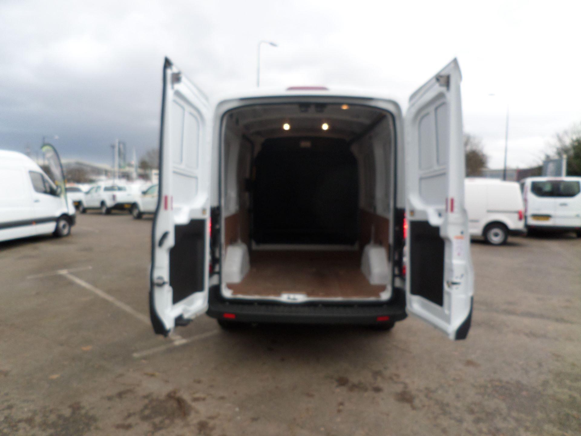 2018 Ford Transit 2.0 Tdci 130Ps MWB/ H2 Van Euro 6 (FE18JMV) Image 5
