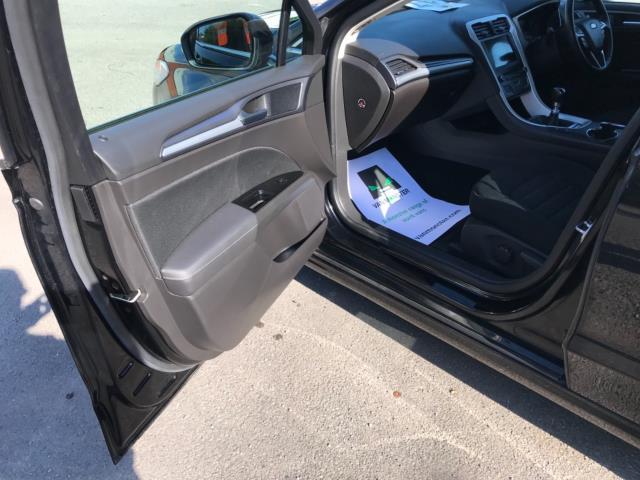2018 Ford Mondeo 2.0 Tdci Econetic Zetec 5Dr [Nav] (FE18VVH) Image 32