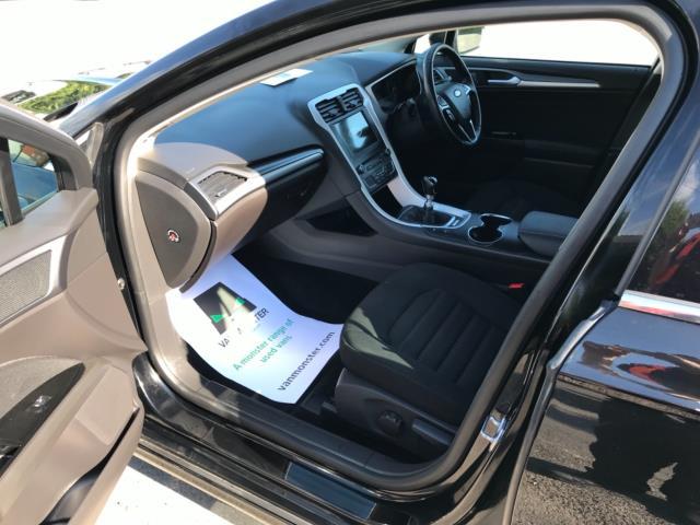 2018 Ford Mondeo 2.0 Tdci Econetic Zetec 5Dr [Nav] (FE18VVH) Image 29