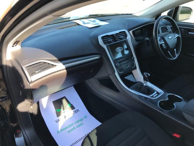 2018 Ford Mondeo 2.0 Tdci Econetic Zetec 5Dr [Nav] (FE18VVH) Image 30