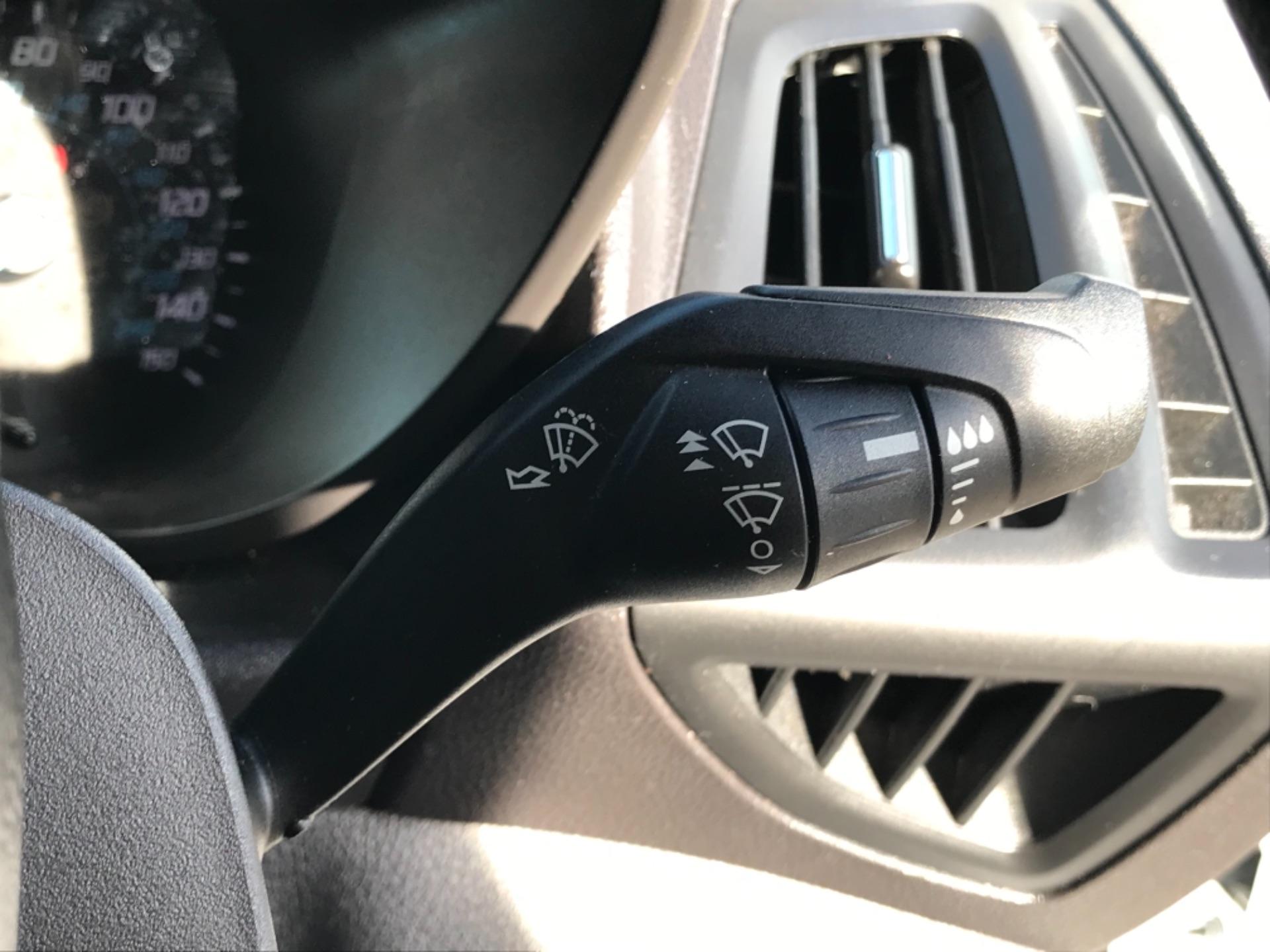 2018 Ford Transit Connect 1.5 Tdci 75Ps Van (FE18VVD) Image 20