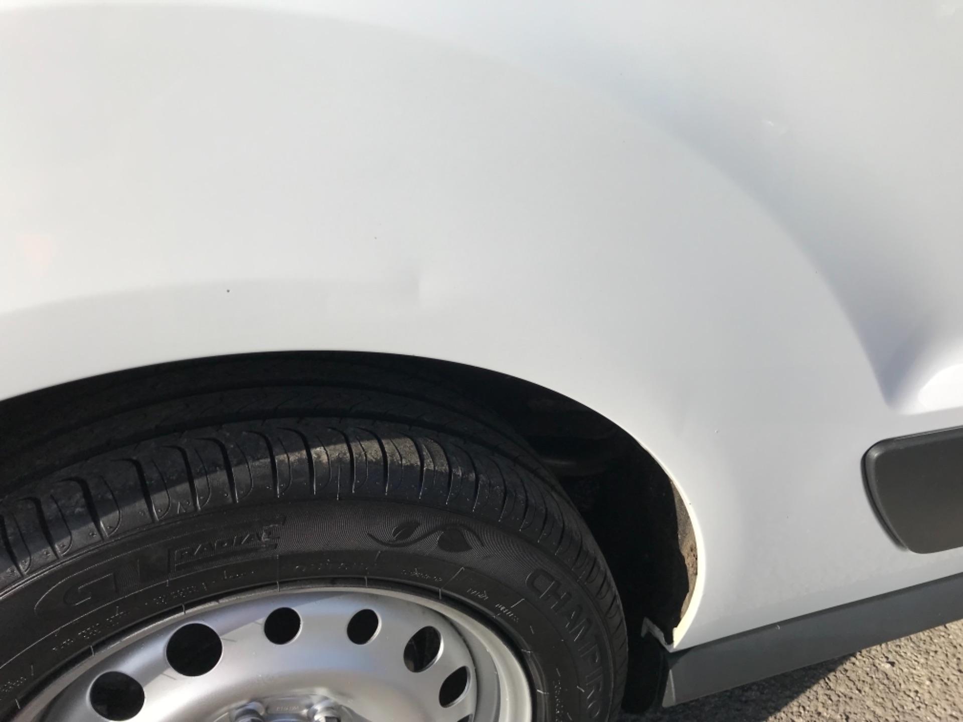 2018 Ford Transit Connect 1.5 Tdci 75Ps Van (FE18VVD) Image 43