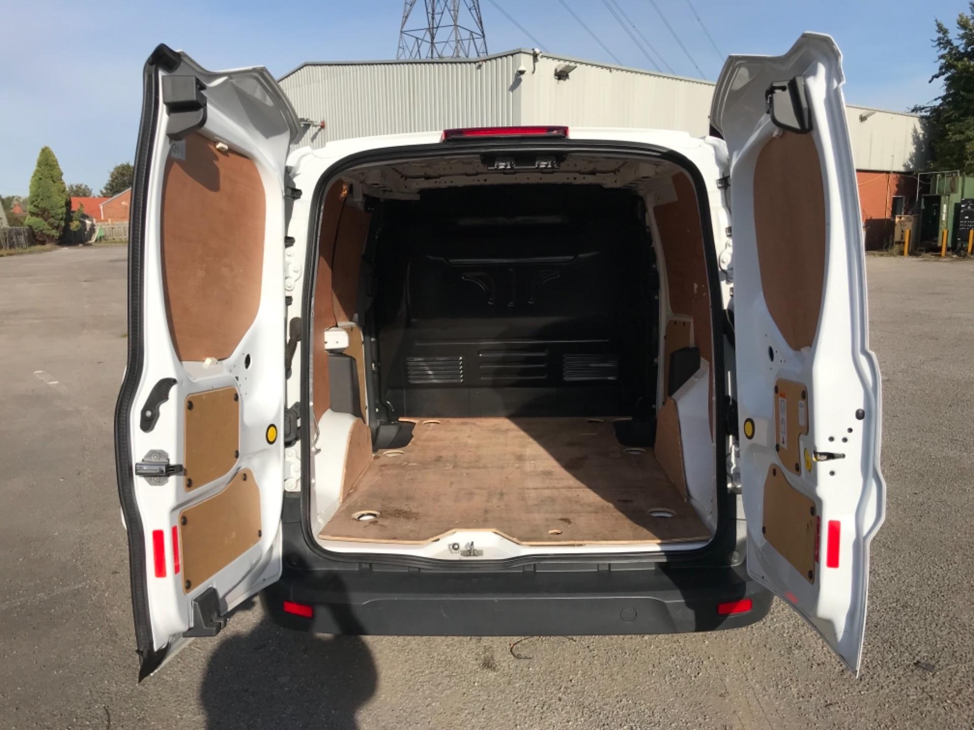 2018 Ford Transit Connect 1.5 Tdci 75Ps Van (FE18VVD) Image 35