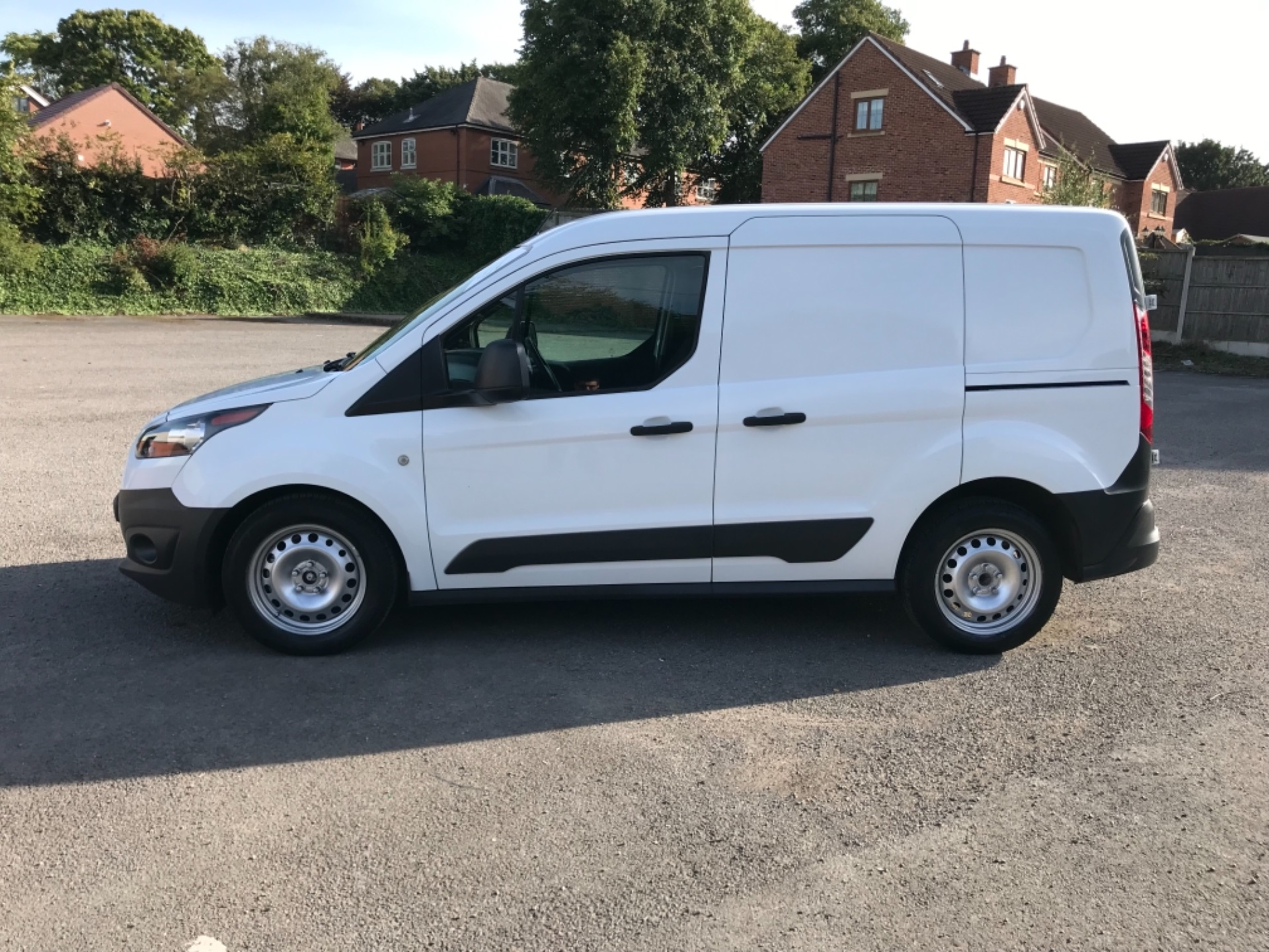2018 Ford Transit Connect 1.5 Tdci 75Ps Van (FE18VVD) Image 4