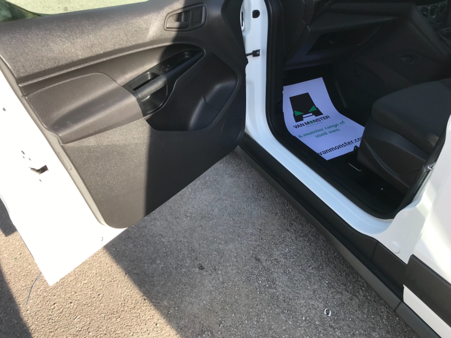 2018 Ford Transit Connect 1.5 Tdci 75Ps Van (FE18VVD) Image 29