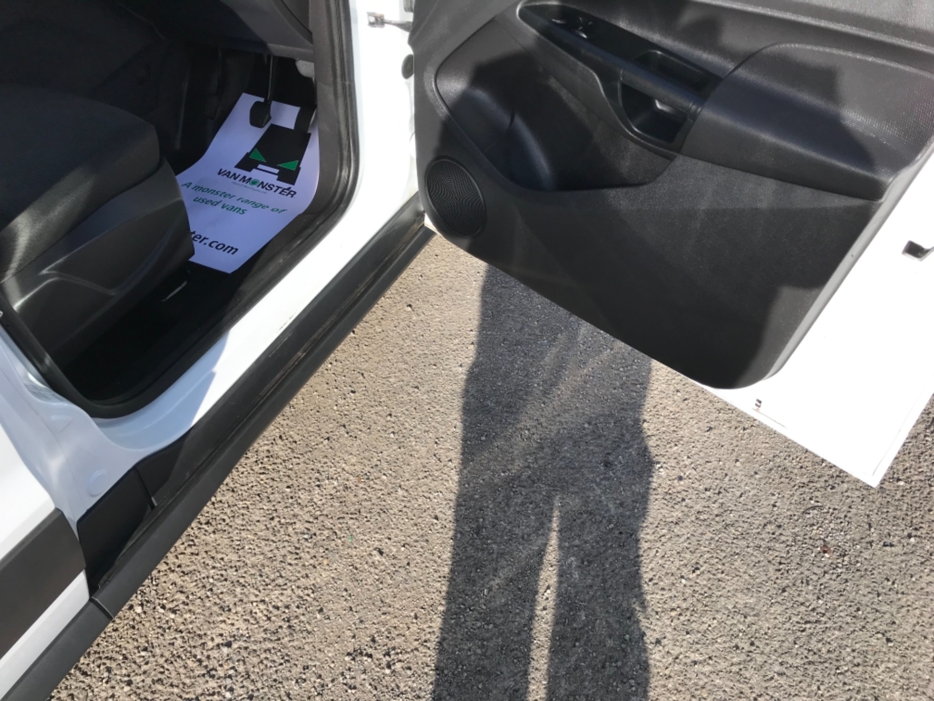 2018 Ford Transit Connect 1.5 Tdci 75Ps Van (FE18VVD) Image 13