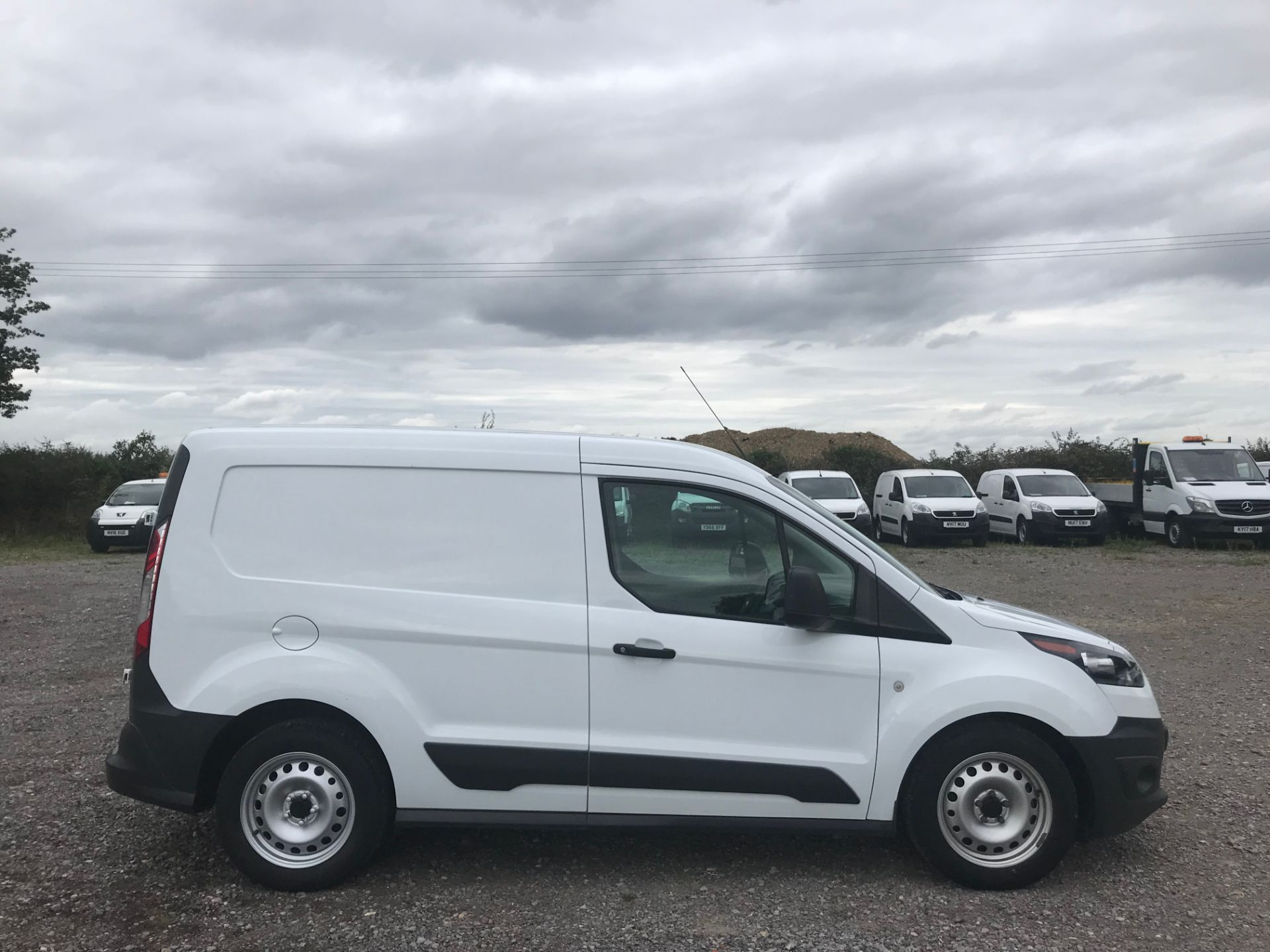 2018 Ford Transit Connect 1.5 Tdci 75Ps Van (FE18VZK) Image 7