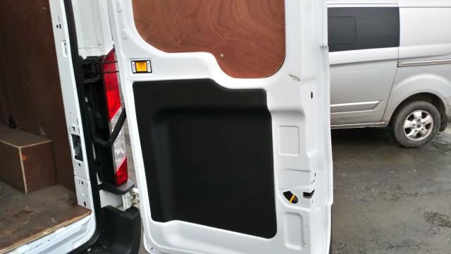 2016 Ford Transit 2.2 Tdci 125Ps H3 Van (FE66CUU) Image 11