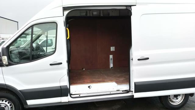 2016 Ford Transit 2.2 Tdci 125Ps H3 Van (FE66CUU) Image 17