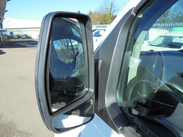 2016 Ford Transit Custom 290 L1 DIESEL FWD 2.2  TDCI 100PS LOW ROOF VAN EURO 5 (FE66CXB) Image 11