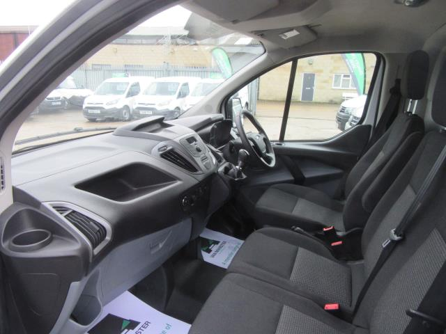 2016 Ford Transit Custom 290 L1 DIESEL FWD 2.2  TDCI 100PS LOW ROOF VAN EURO 5 (FE66CZT) Image 12
