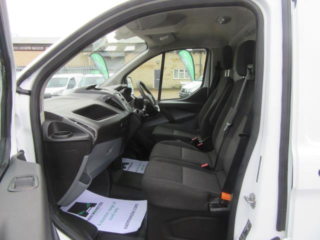 2016 Ford Transit Custom 290 L1 DIESEL FWD 2.2  TDCI 100PS LOW ROOF VAN EURO 5 (FE66CZT) Image 13