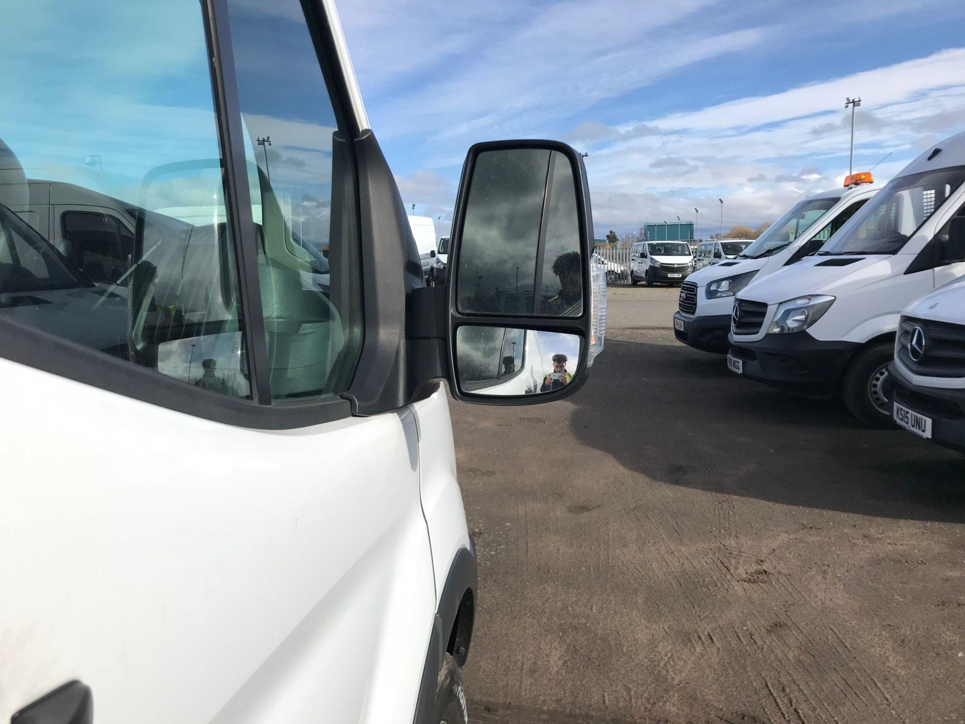 2016 Ford Transit 2.2 Tdci 125Ps H3 Van (FE66DHF) Image 10
