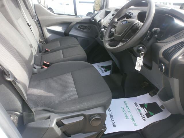 2016 Ford Transit Custom L1 290 SWB 2.2 Tdci 100Ps Low Roof Van EURO 5 (FE66ECN) Image 16