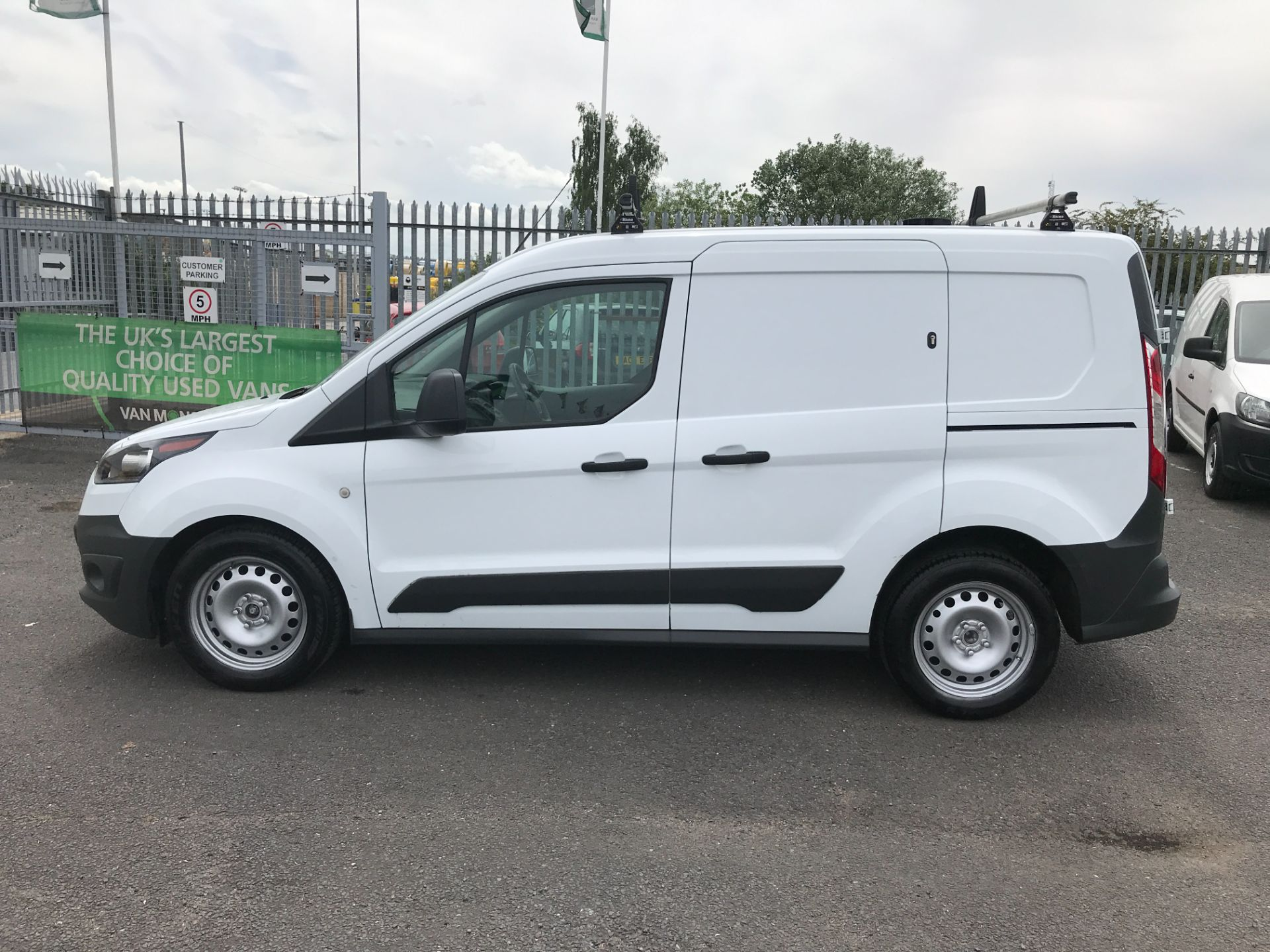 2017 Ford Transit Connect T200 L1 H1 1.5TDCI 75PS EURO 6 (FE67AAN) Image 6