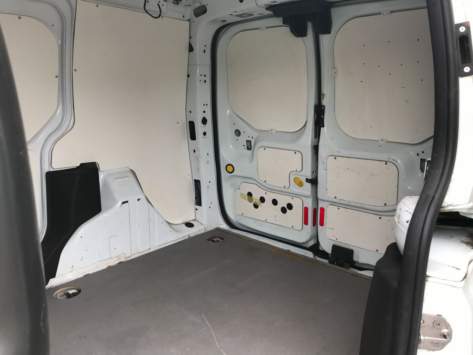 2017 Ford Transit Connect T200 L1 H1 1.5TDCI 75PS EURO 6 (FE67AAN) Image 8