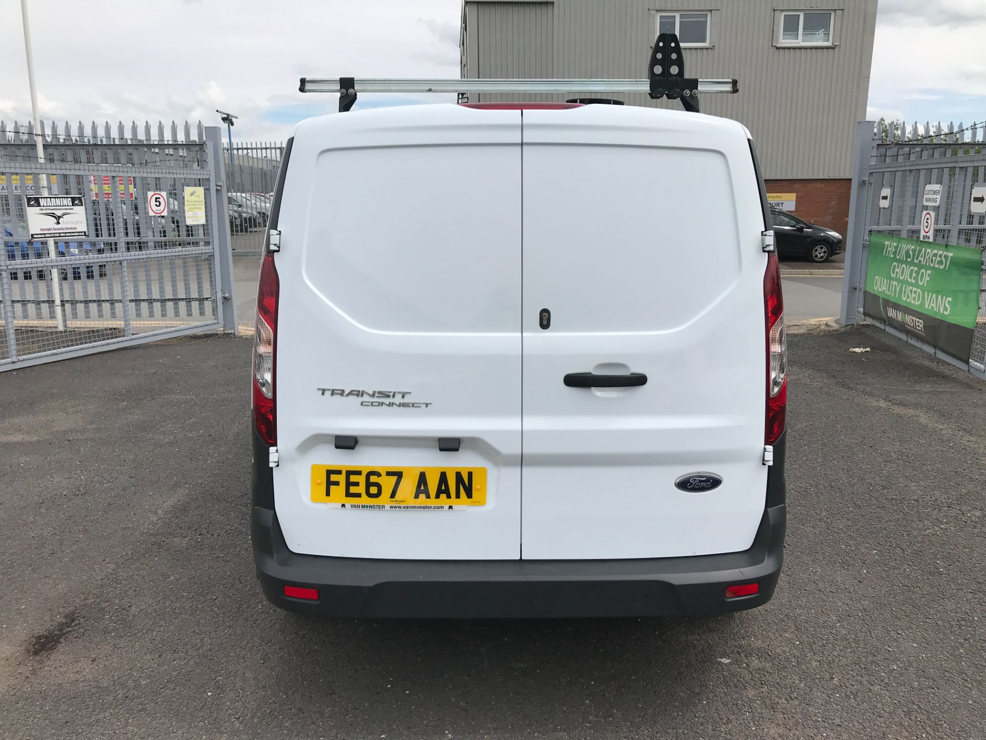 2017 Ford Transit Connect T200 L1 H1 1.5TDCI 75PS EURO 6 (FE67AAN) Image 17