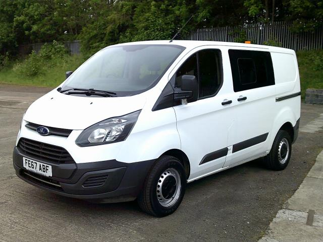 2017 Ford Transit Custom 290 L1 DIESEL FWD 2.0 TDCI 105PS LOW ROOF DOUBLE CAB VAN EURO 6 (FE67ABF) Image 14