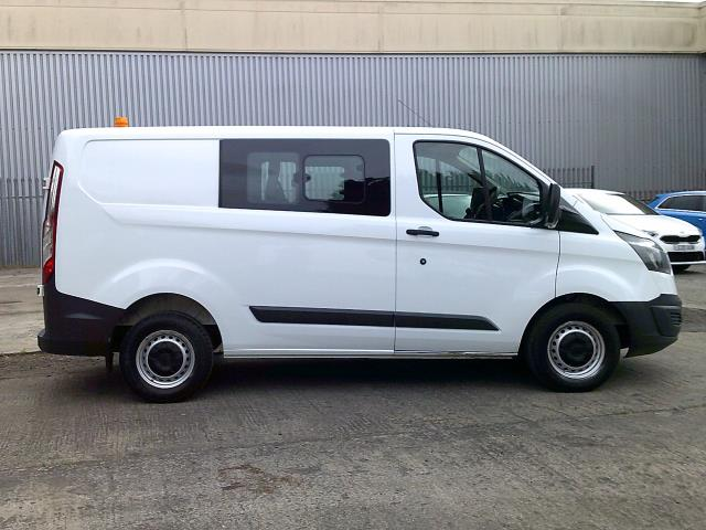 2017 Ford Transit Custom 290 L1 DIESEL FWD 2.0 TDCI 105PS LOW ROOF DOUBLE CAB VAN EURO 6 (FE67ABF) Image 8