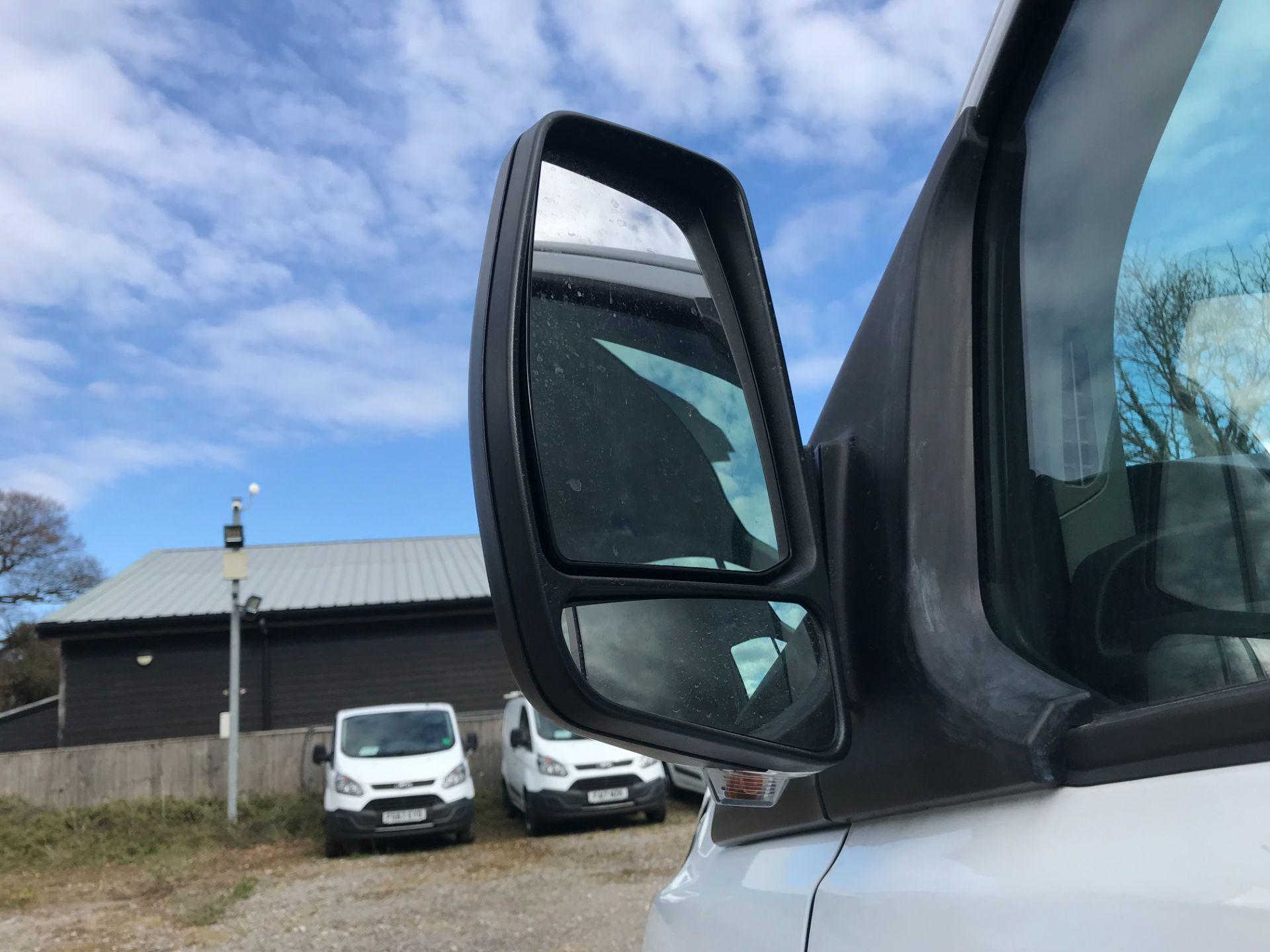 2017 Ford Transit Custom 2.0 Tdci 105Ps Low Roof Van Euro 6 (FE67AEL) Image 14
