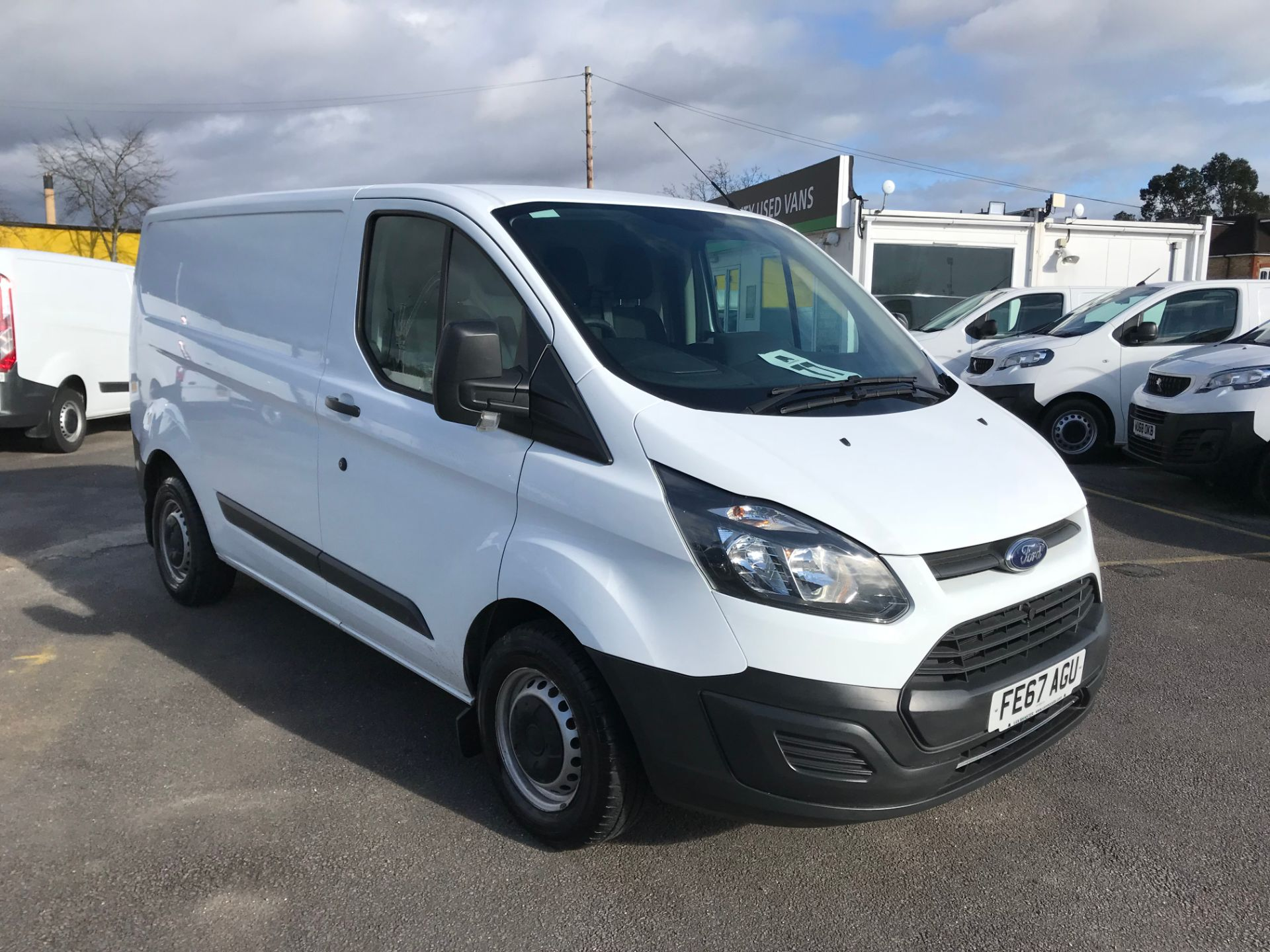 2017 Ford Transit Custom  290 L1 DIESEL FWD 2.0 TDCI 105PS LOW ROOF VAN EURO 6 (FE67AGU)