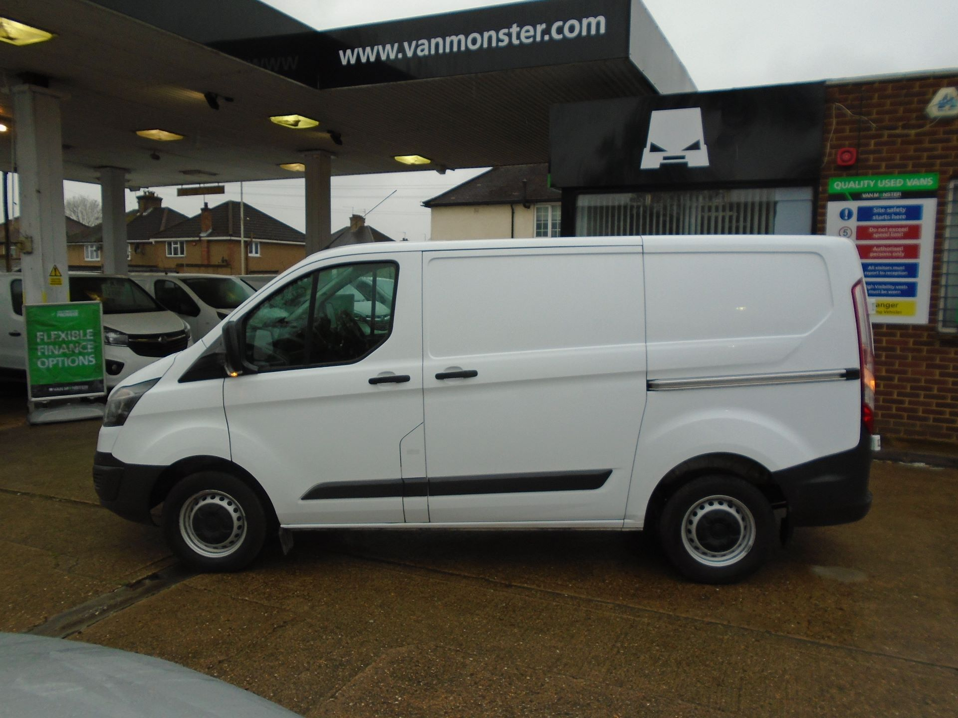 2017 Ford Transit Custom 2.0 Tdci 105Ps Low Roof Van(EURO 6) (FE67AYA) Image 8