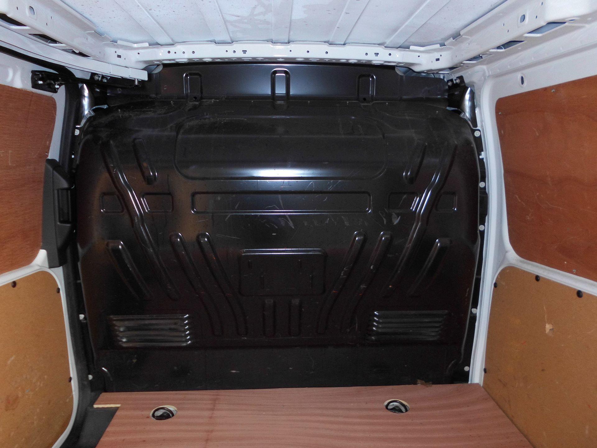 2017 Ford Transit Connect  200 L1 Diesel 1.5 TDCi 75PS Van EURO 6 (FE67AZJ) Image 12