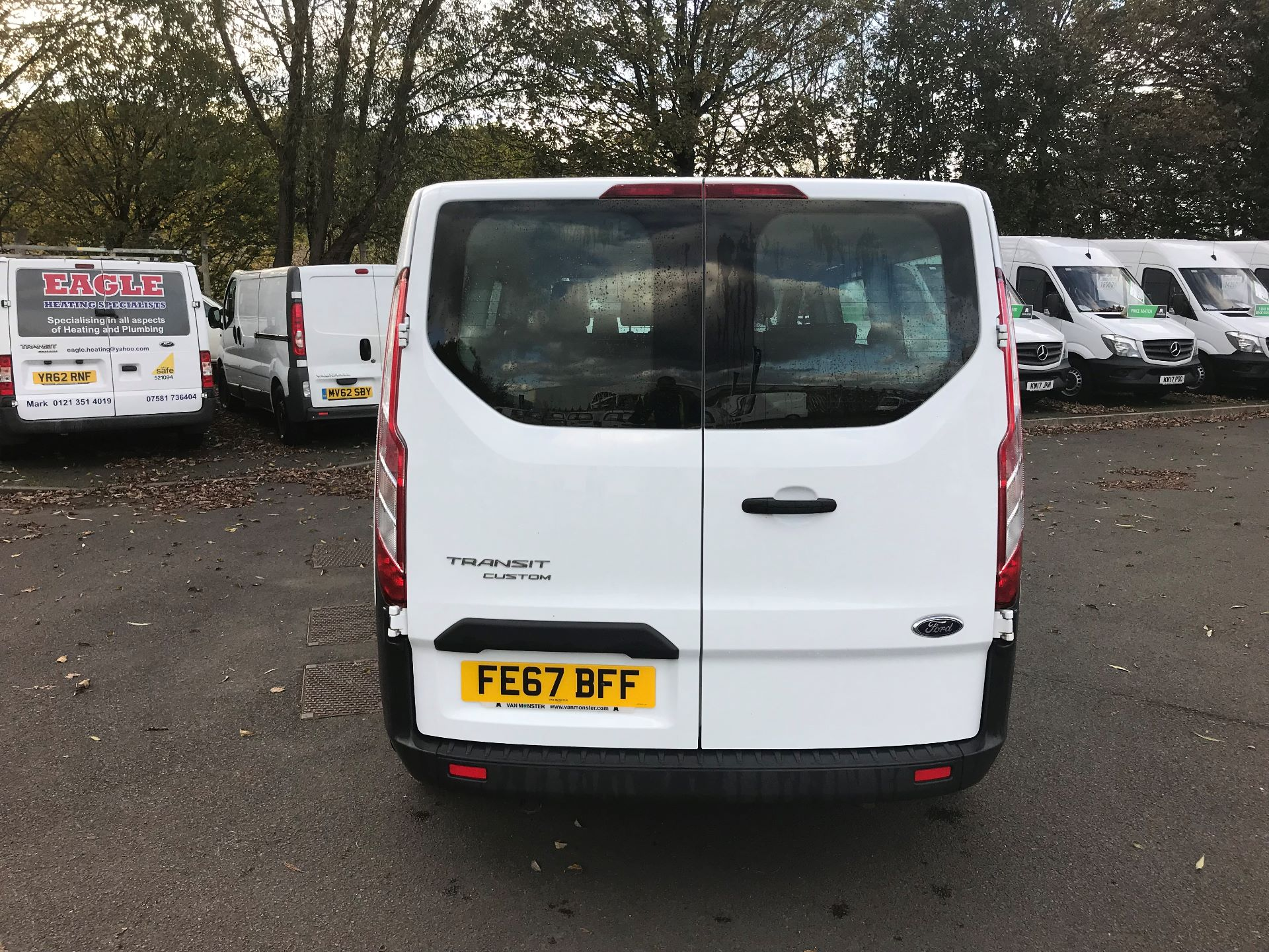 2017 Ford Transit Custom  310  L2  LOW ROOF  KOMBI 130PS EURO 6 (FE67BFF) Image 6