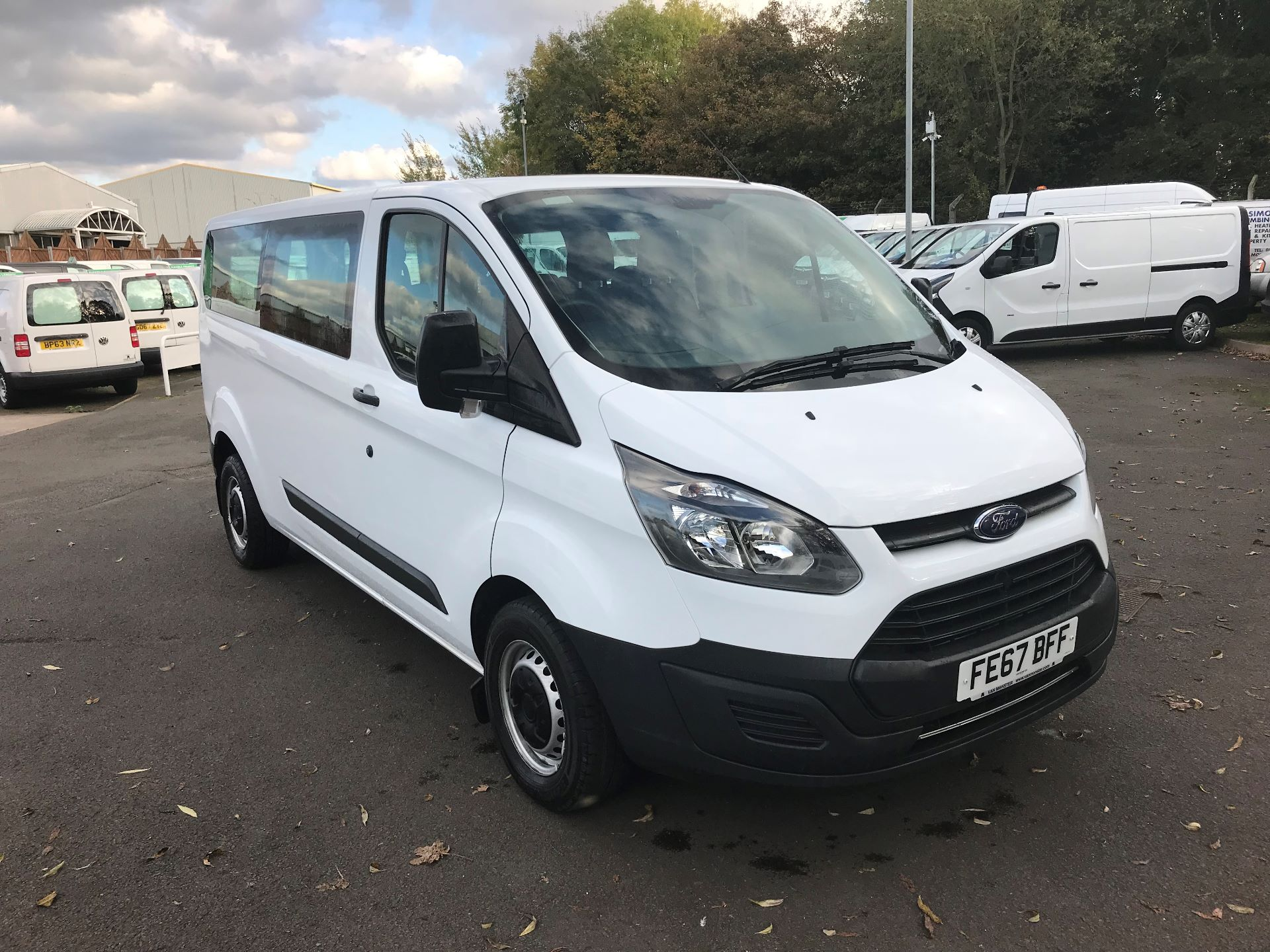 Ford Transit Custom >> 2017 Ford Transit Custom 310 L2 Low Roof Kombi 130ps Euro 6