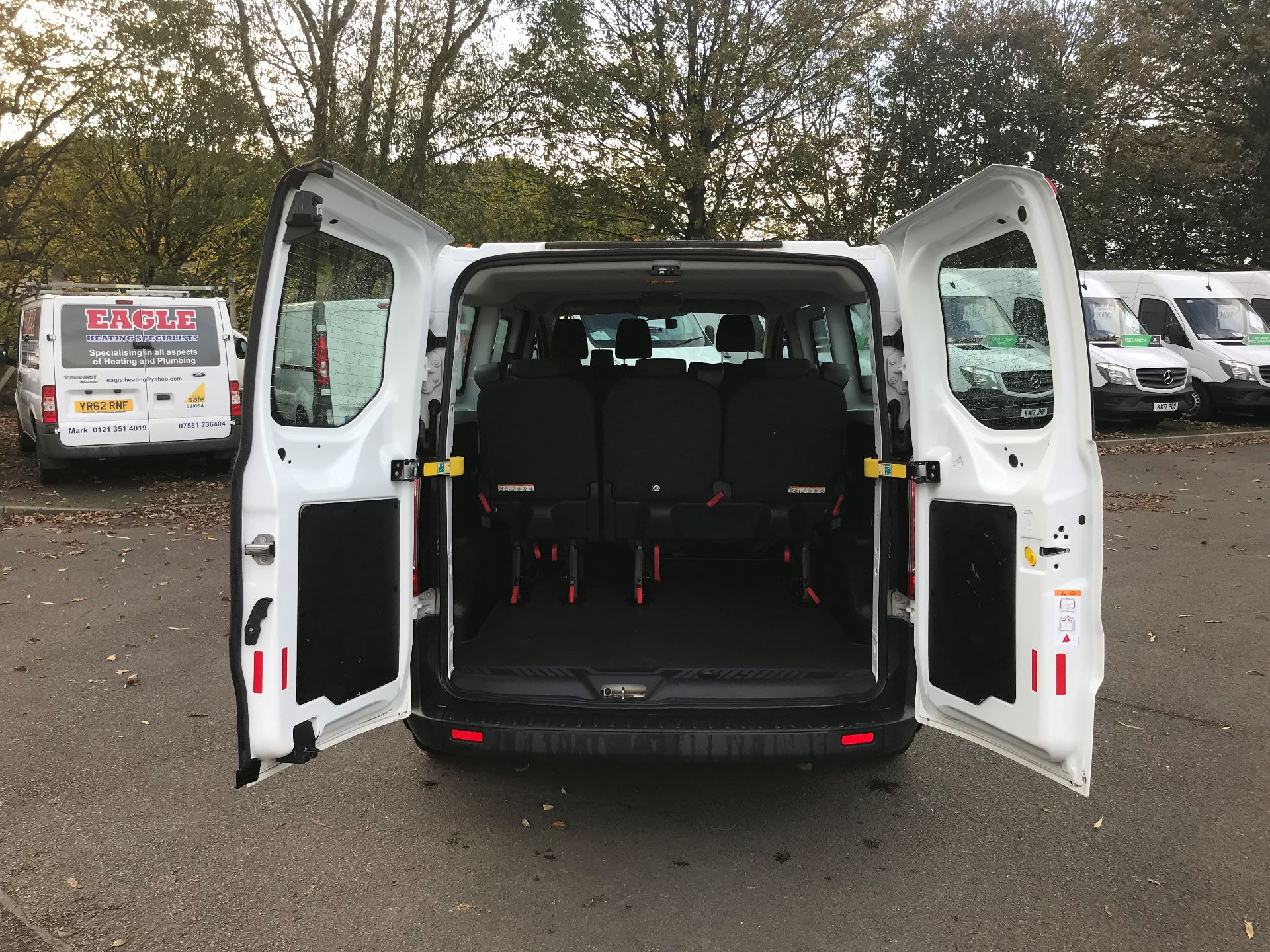 2017 Ford Transit Custom  310  L2  LOW ROOF  KOMBI 130PS EURO 6 (FE67BFF) Image 7