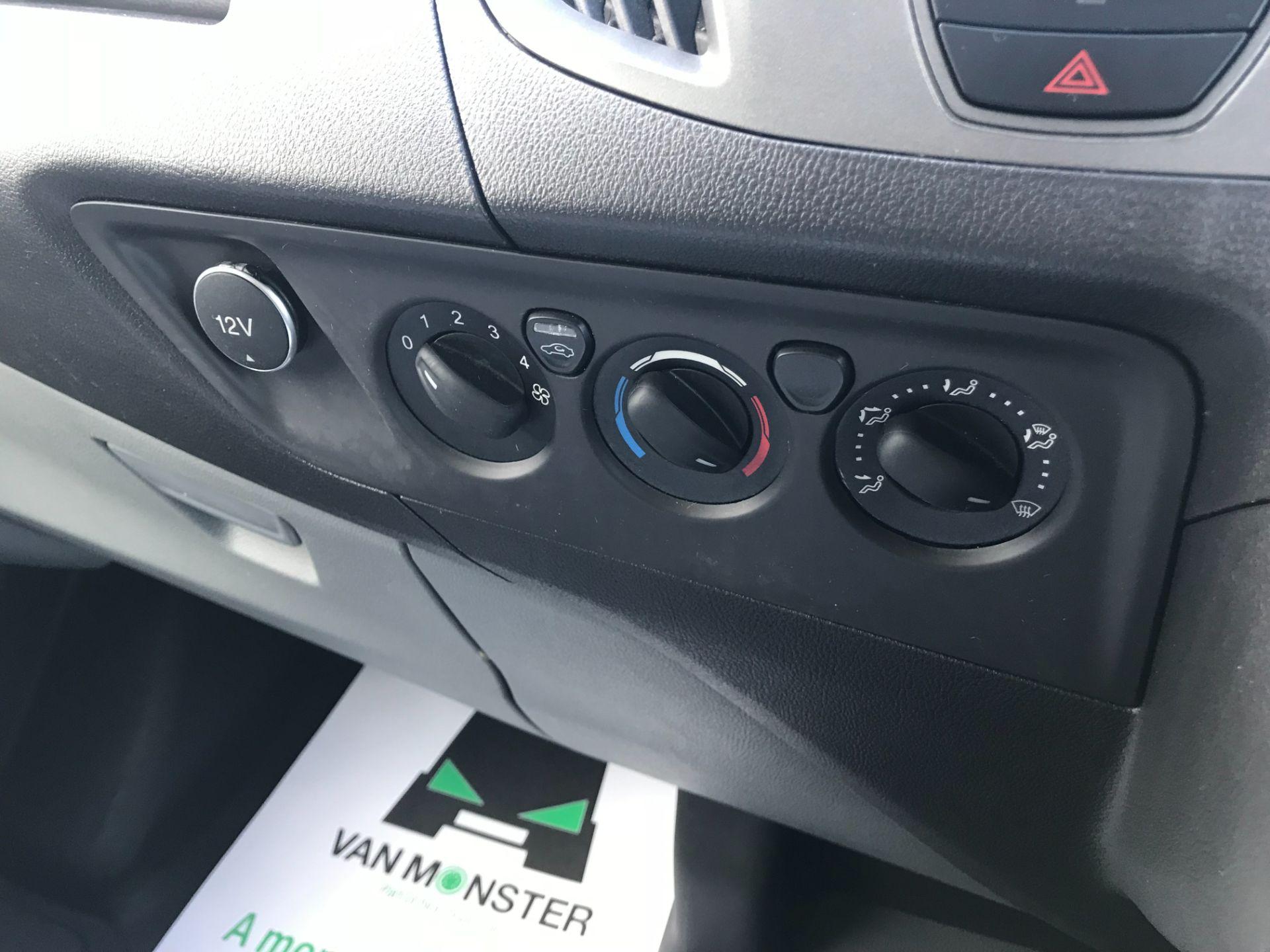 2017 Ford Transit Custom 2.0 Tdci 105Ps Low Roof Van Euro 6 (FE67BJK) Image 27