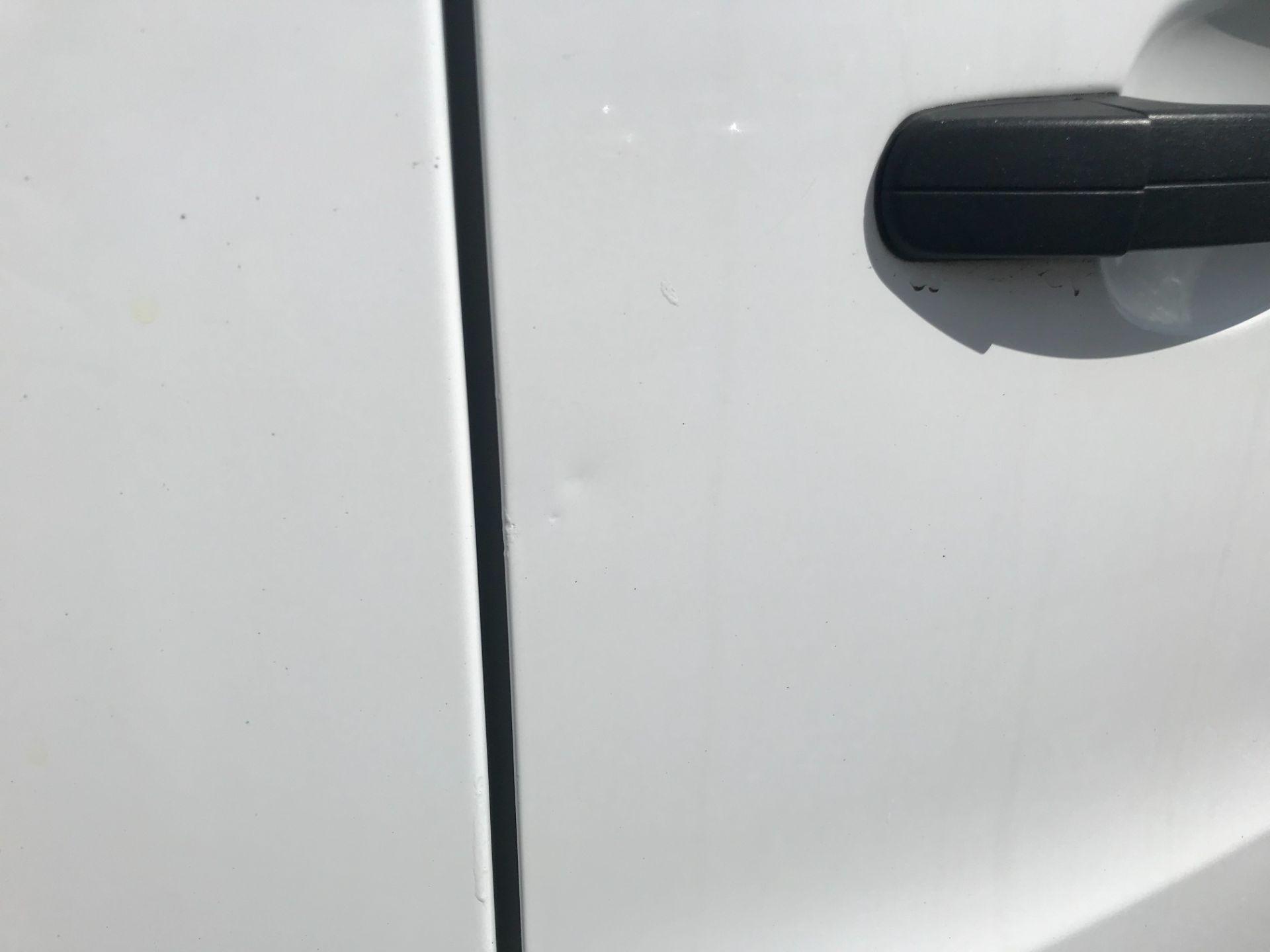 2017 Ford Transit Custom 2.0 Tdci 105Ps Low Roof Van Euro 6 (FE67BJK) Image 37