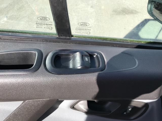 2017 Ford Transit Custom 2.0 Tdci 105Ps Low Roof Van Euro 6 (FE67BKN) Image 28