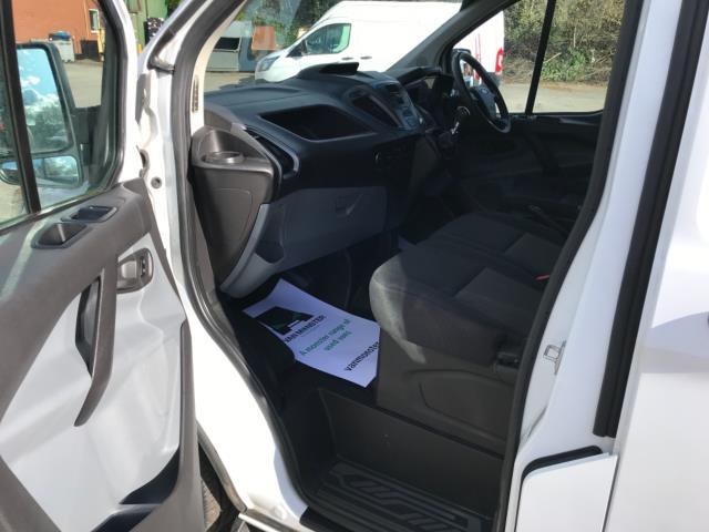 2017 Ford Transit Custom 2.0 Tdci 105Ps Low Roof Van Euro 6 (FE67BKN) Image 24