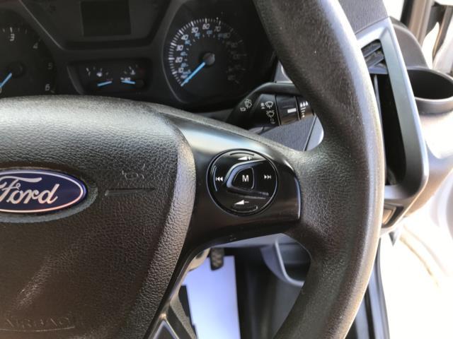 2017 Ford Transit Custom 2.0 Tdci 105Ps Low Roof Van Euro 6 (FE67BKN) Image 16