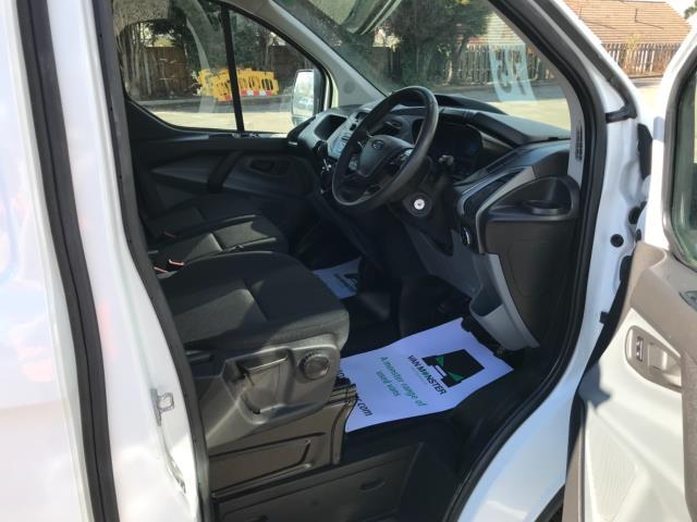 2017 Ford Transit Custom 2.0 Tdci 105Ps Low Roof Van Euro 6 (FE67BKN) Image 10