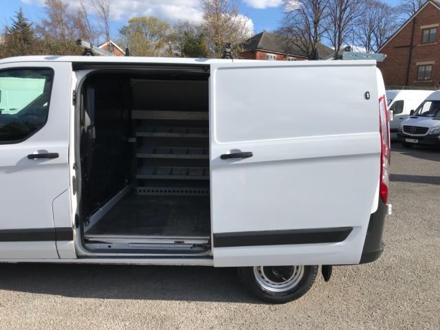 2017 Ford Transit Custom 2.0 Tdci 105Ps Low Roof Van Euro 6 (FE67BKN) Image 31
