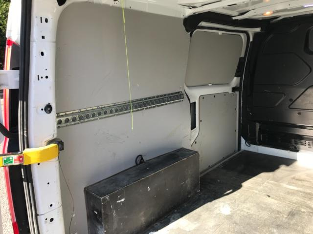 2017 Ford Transit Custom 2.0 Tdci 105Ps Low Roof Van Euro 6 (FE67BKN) Image 35