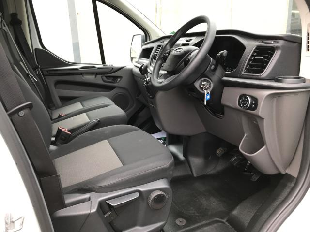 2018 Ford Transit Custom  300 L1 H1 2.0TDI 105PS EURO 6 (FE68ZNT) Image 2