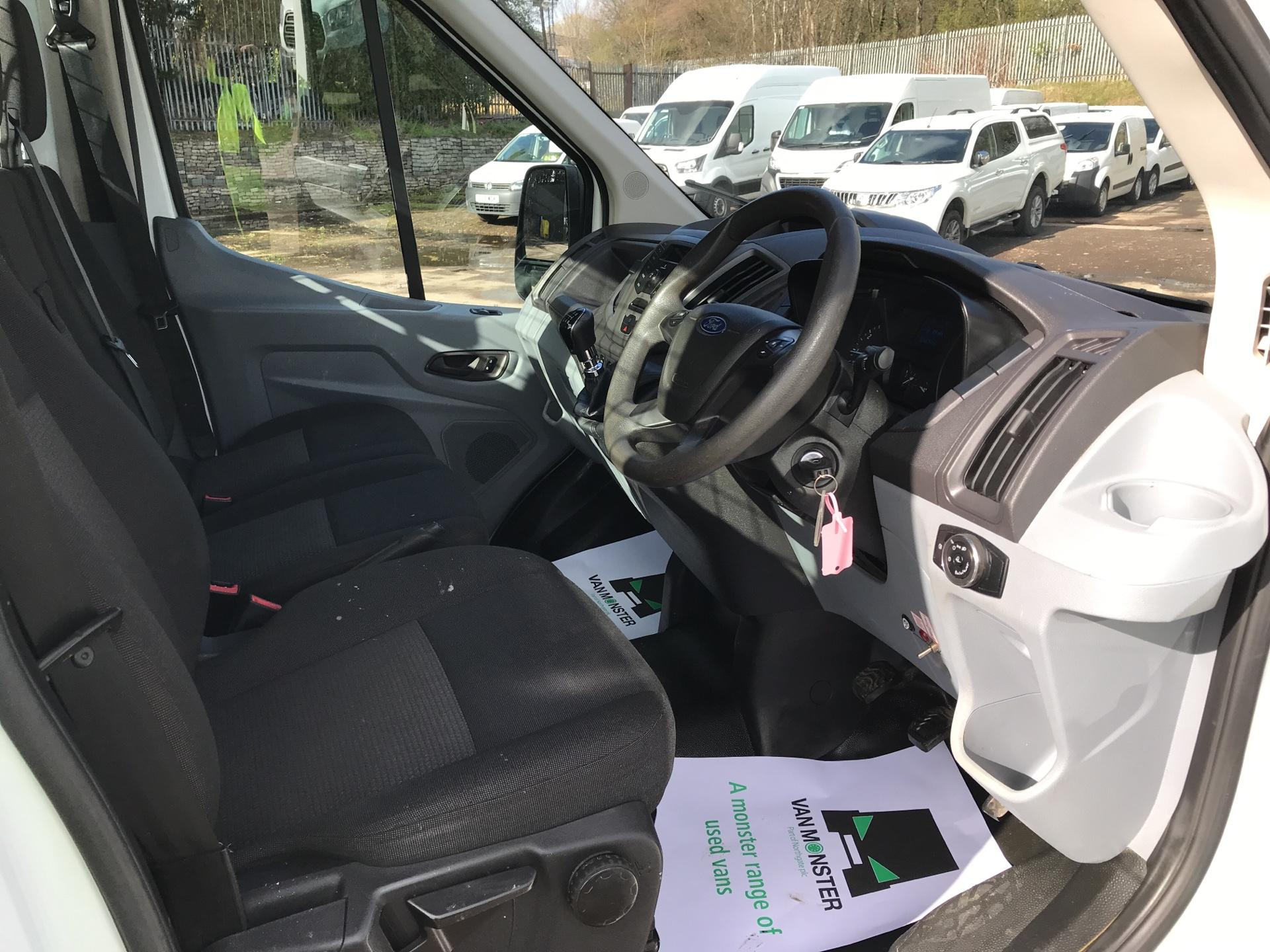 2016 Ford Transit 350 L2 SINGLE CAB TIPPER 125PS EURO 5 (FG16LKL) Image 9